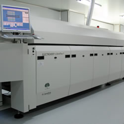 Hot Air reflow: Electrovert OmniFlex 7